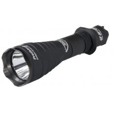 Svítilna Armytek Predator Pro v3 XHP35  / Teplá bílá / 1581lm (1h) / 438m / 9 režimů /
